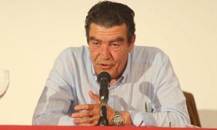 """Emilio Calatayud """"Hay que violar la intimidad de nuestros hijos"""""""