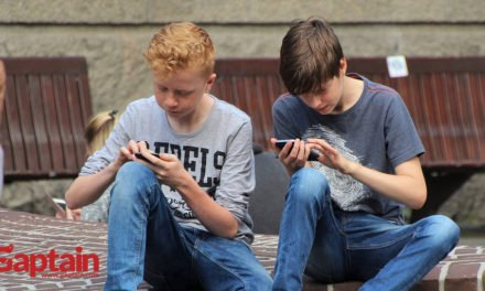 7 consejos a la hora de comprar el primer móvil a tu hijo
