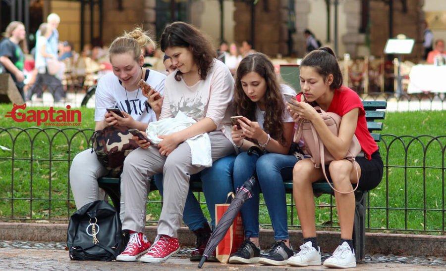 Consecuencias a la adicción de Internet y redes sociales para niños.