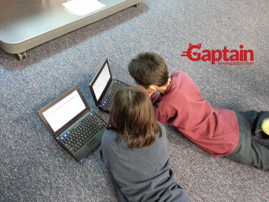 Pautas para proteger la identidad digital de los menores.