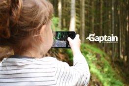Uso postural de dispositivos digitales, ¿cómo afecta a la salud de los niños?