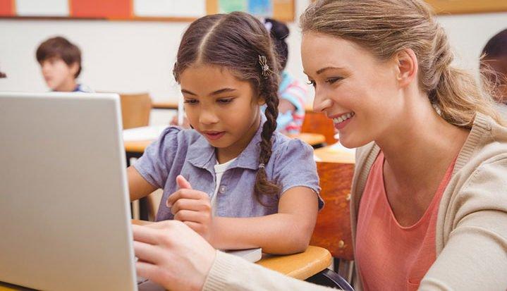 Comunicación entre alunado y profesorado